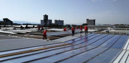 Montáž roštu PUR panelov a presvetľovacích roštov na rozlohe 7730 m2